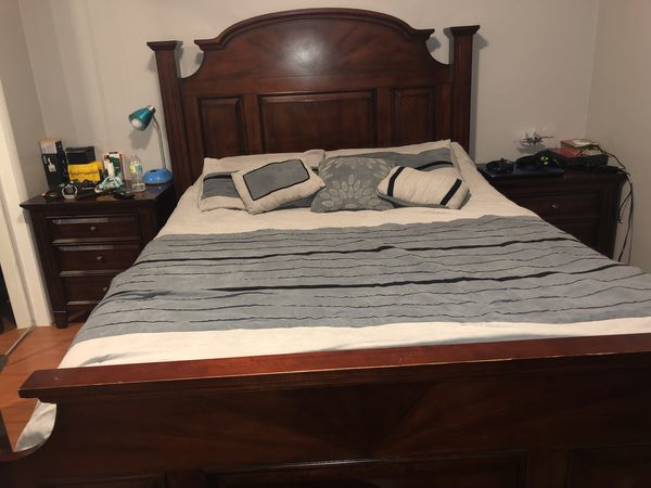 Bedroom furniture for Sale in Miami, FL - OfferUp