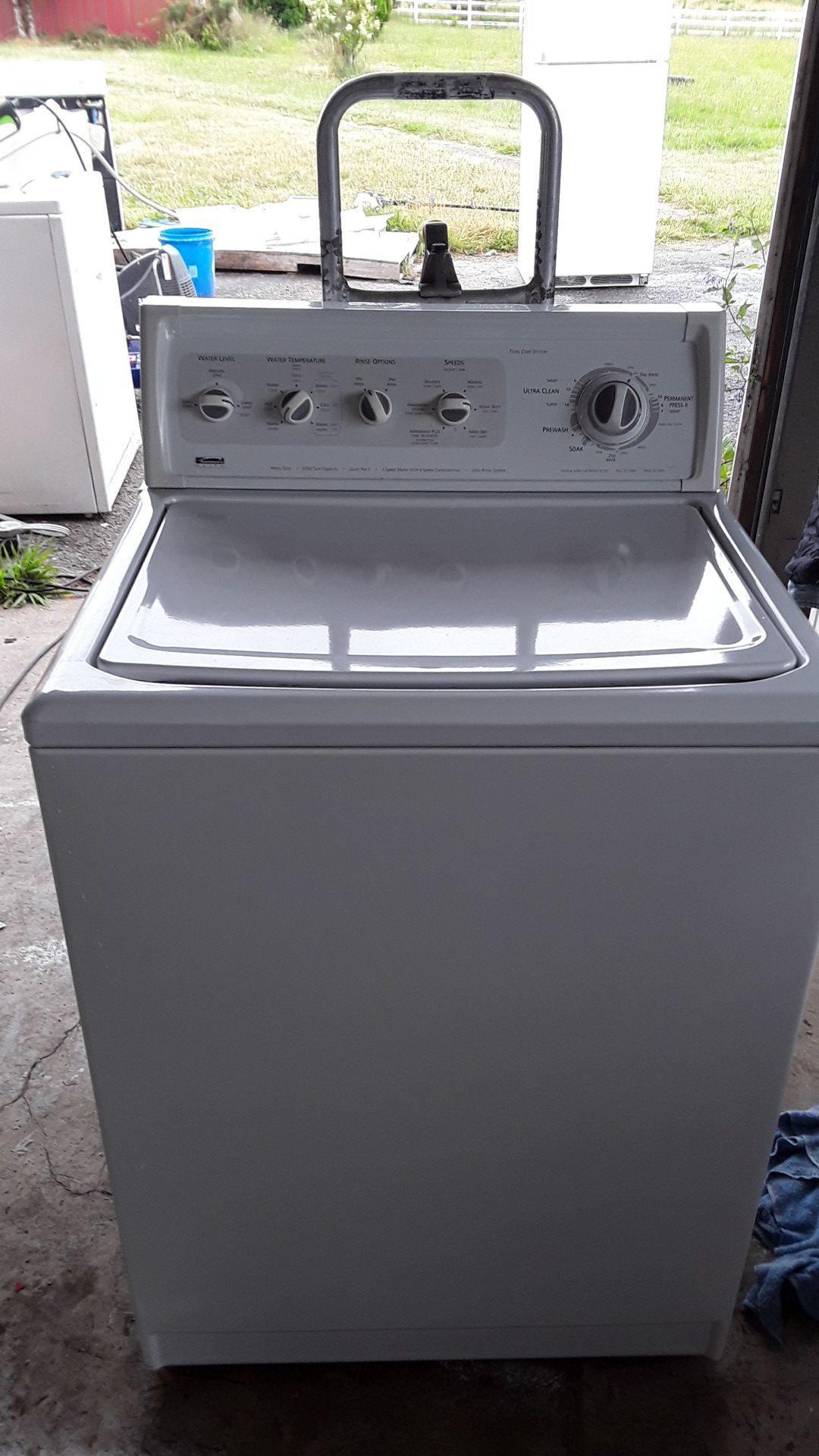 Kenmore king size capacity Elite washer totally rebuilt comes with a 90-day warranty