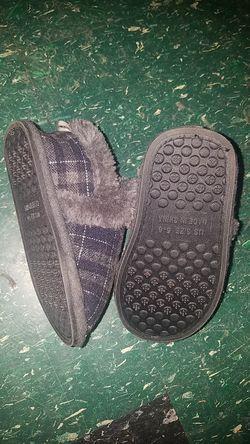 Toddler slippers Thumbnail
