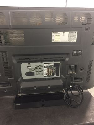 42 inch Panasonic TV with a DVD player and remote for Sale in Manassas, VA