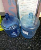 5 gallon water bottles used once for Sale in UT, US