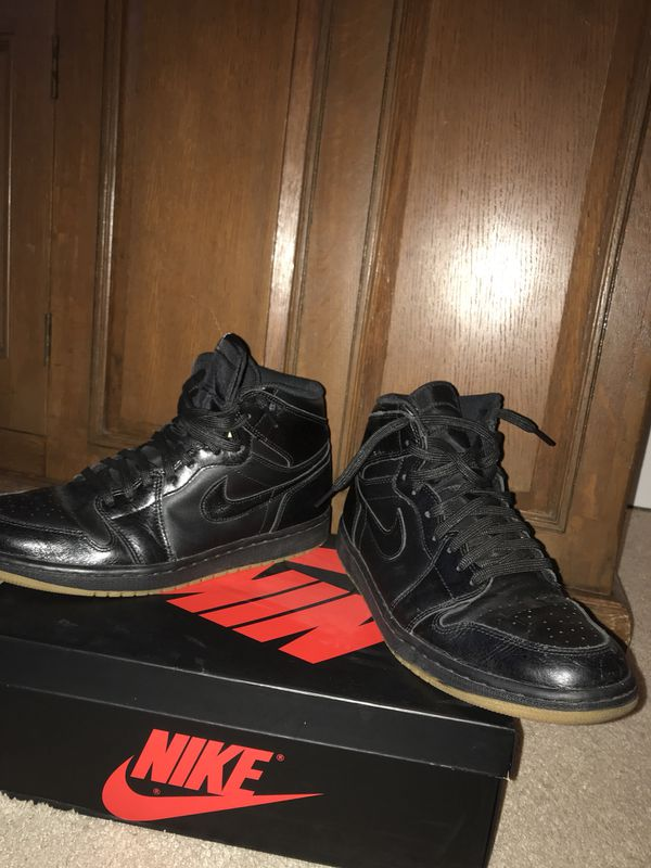 6f4f2f5d51ad Black Jordan 1 s Gum Bottoms Size 10.5 for Sale in Bothell