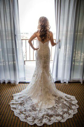 FABULOUS WEDDING DRESS for Sale in North Las Vegas, NV