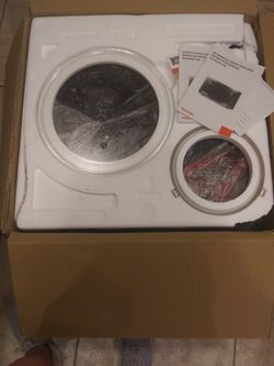 Reduced! New Toshiba Microwave/Oven Thumbnail