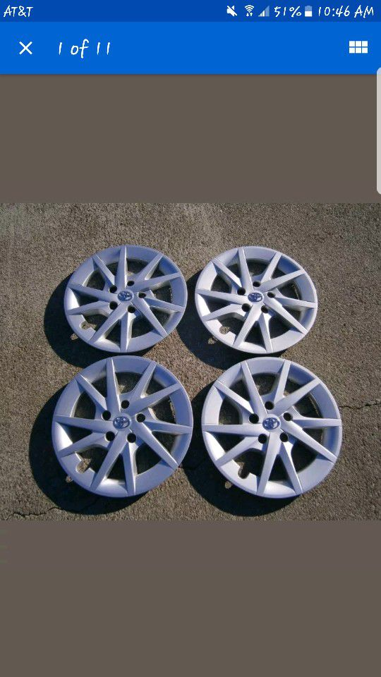 TOYOTA PRIUS oem wheel covers barely used. (Auto Parts) in Bend, OR ...