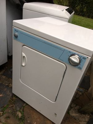 Whirlpool Small load Dryer ! Great working condition ! Must pickup ! for Sale in Rockville, MD