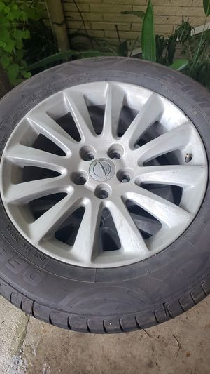 Photo Chrysler 300 stock wheels with new tires
