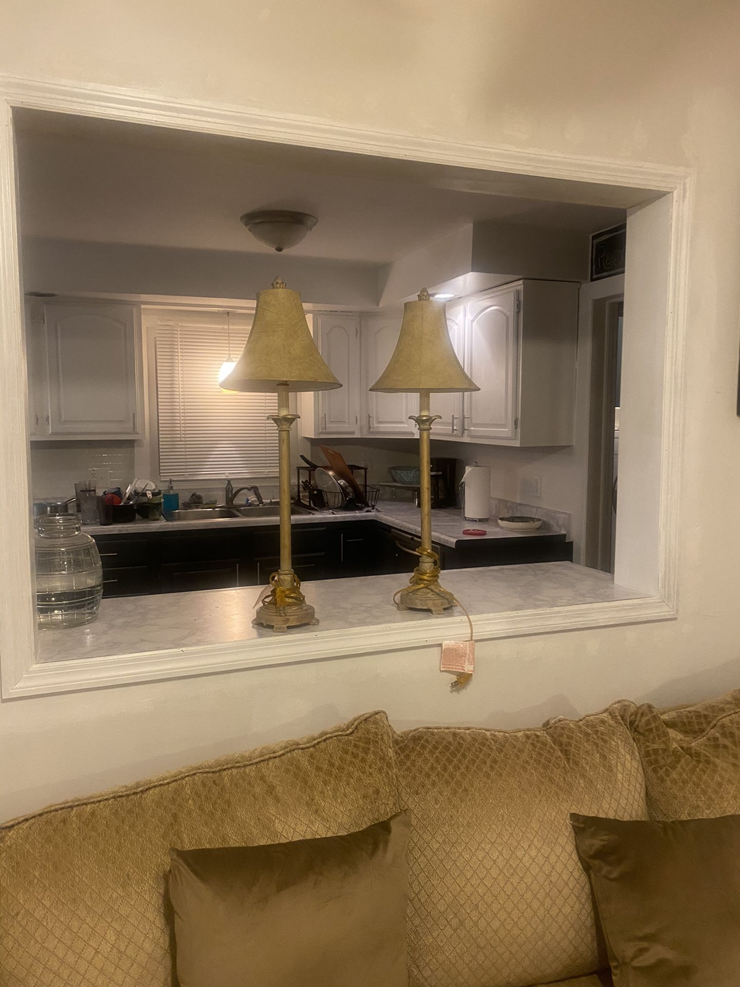 2 Traditional/ Beach Style Matching Lamps