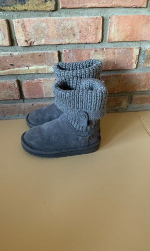 2d68590e78a New and Used Toddler ugg boots for Sale in Elk Grove Village, IL ...
