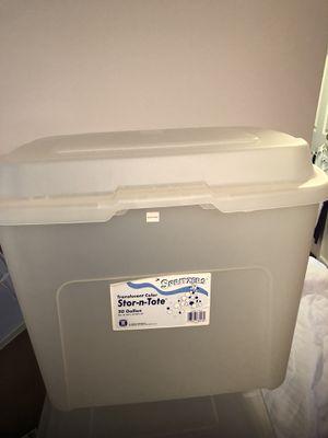 Large bin for Sale in Montgomery Village, MD
