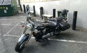 Kawasaki Vulcan 900 classic LT for Sale in Woodbridge, VA