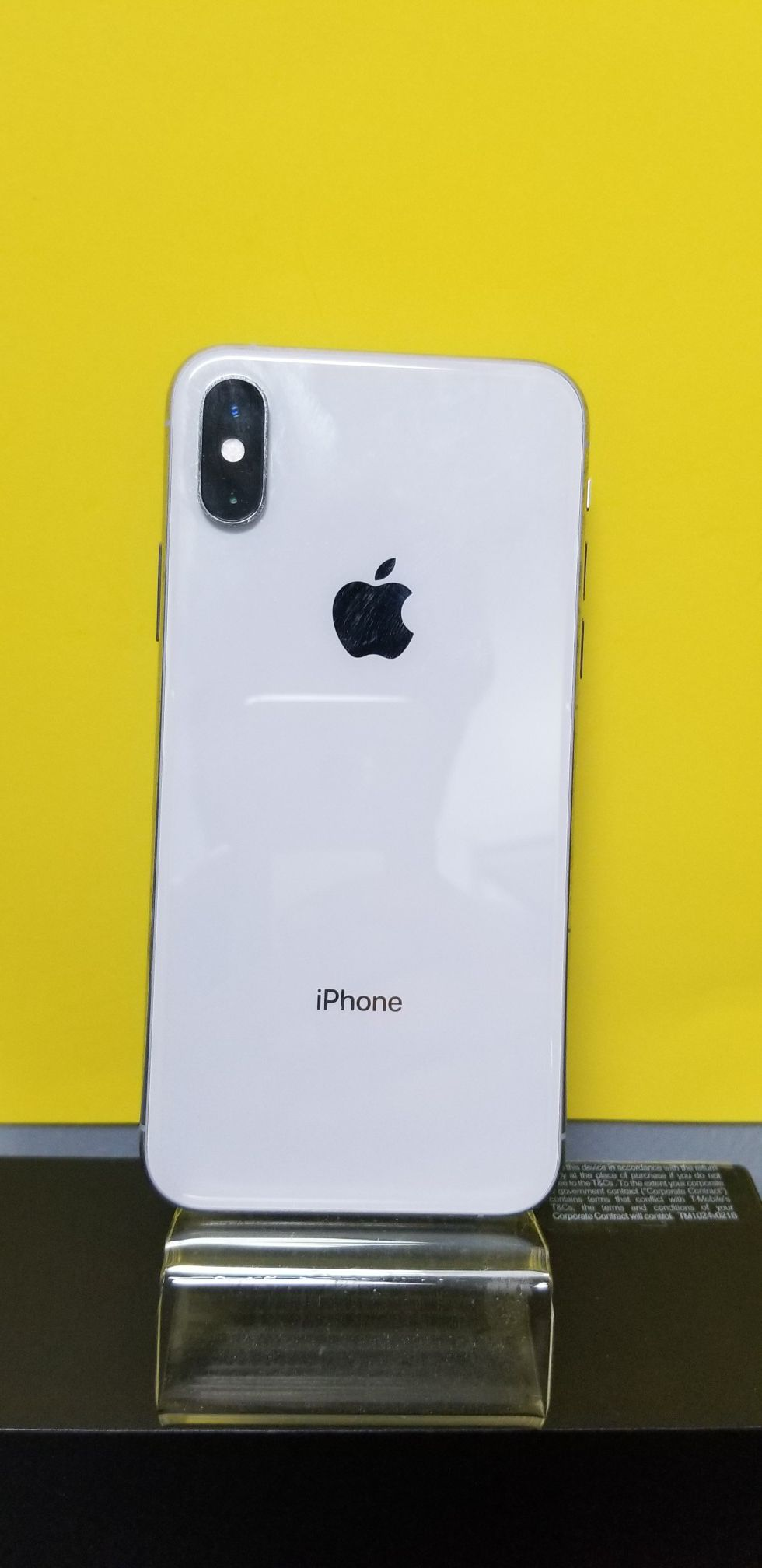 iPhone XS 64 GB Unlocked Financing available for 54 down,no credit needed take home today