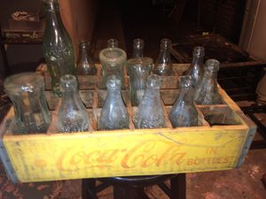 1915 coke cola glass bottles and coke carrying tray for Sale in Los Angeles, CA
