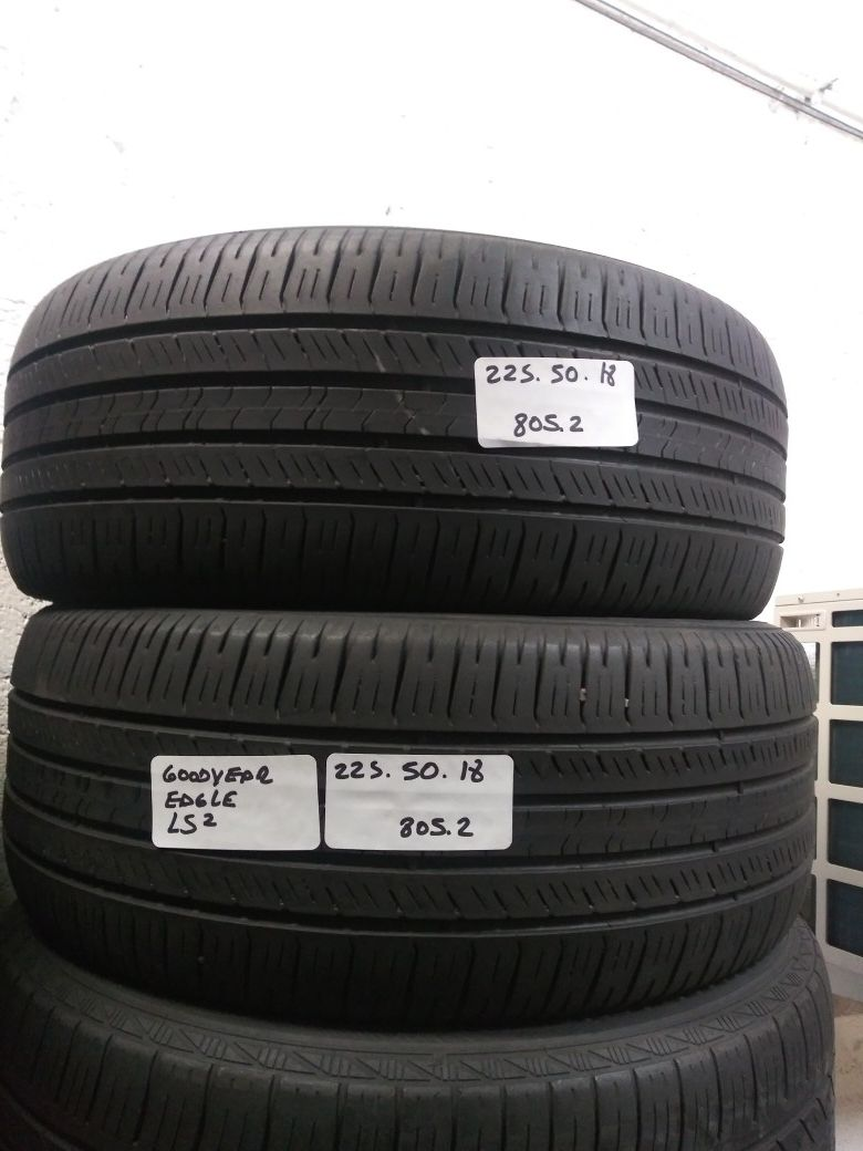 225/50R18 GOODYEAR EAGLE LS2 GRAND TOURING 95H 225 50 18 USED PAIR