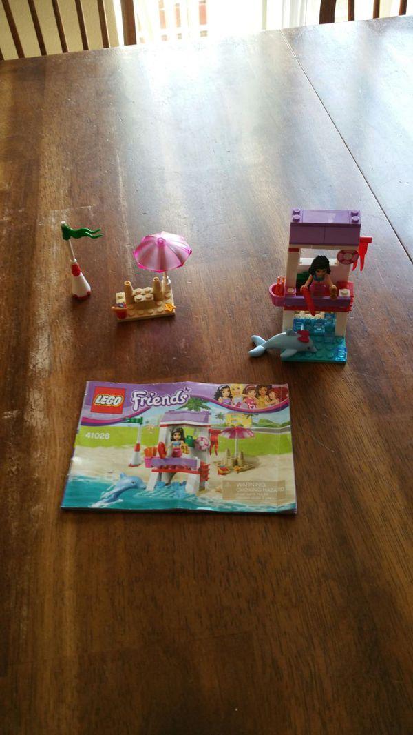 Lego Friends Vet Ambulance Lifeguard Post Mias Puppy House For