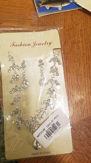 Necklace Set for Sale in Detroit, MI