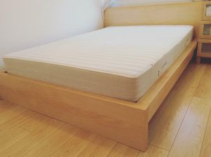 Photo IKEA Malm Full size bed