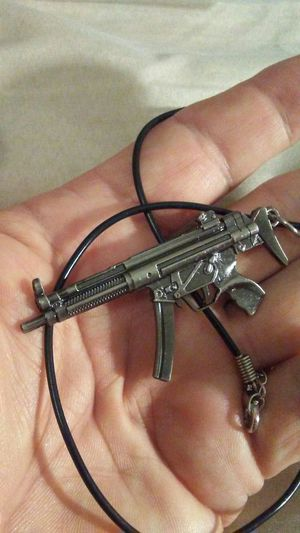 Metal MP5 Assault rifle Necklace for Sale in Orlando, FL