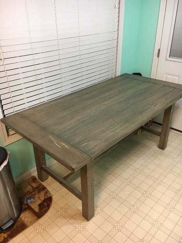 6 Foot Dining Table For 100 Retails 299 99 Target In Jonesboro Ga Offerup