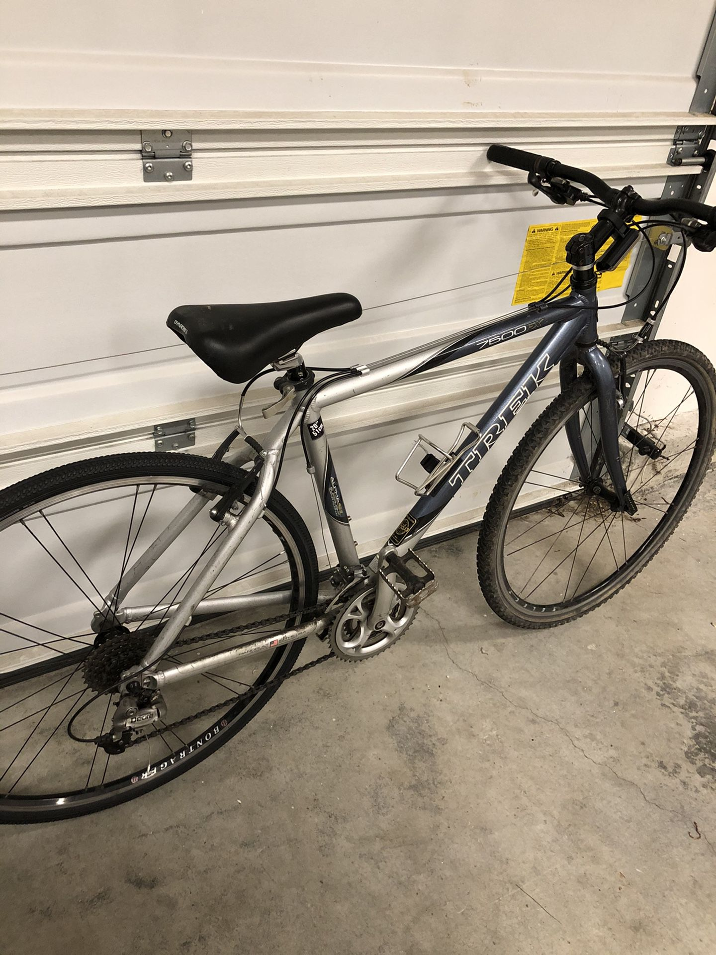 "7500 FX Trek 20"" Bike Bicycle"