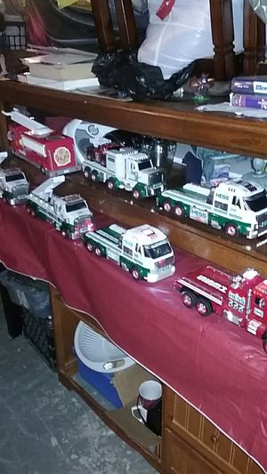 HESS TRUCK COLLECTION for Sale in Orlando, FL