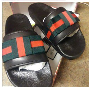 23576b19c40 Gucci satin slide with web bow size 8 for Sale in Syracuse