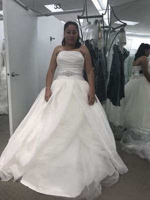 Wedding dress bought David's bridal for Sale in Orlando, FL