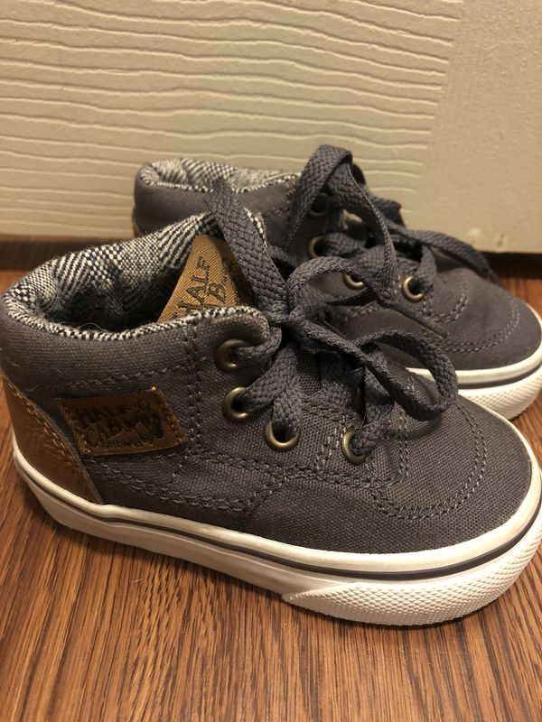 Size 4 Infant Vans  10 for Sale in Oak Grove d36edf2ce