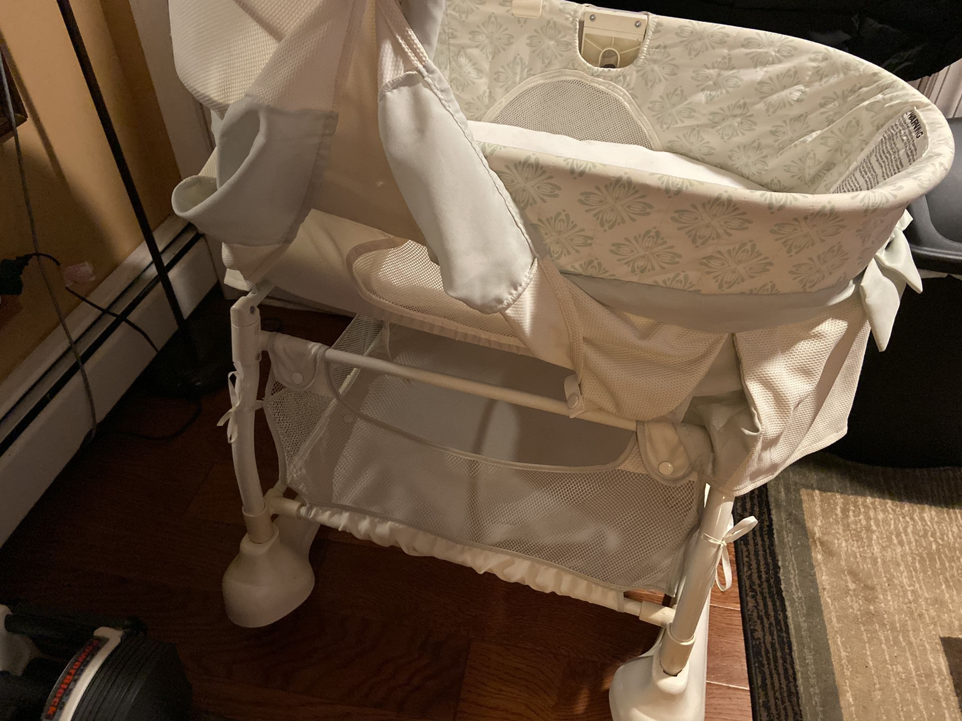 Bassinet crib