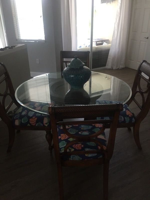 Tommy Bahama Style Dining Room Set for Sale in Lakewood Ranch, FL - OfferUp