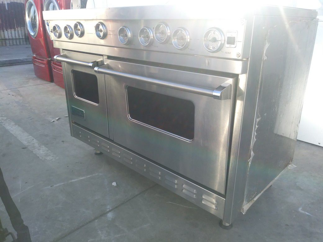 Stainless steel viking stove