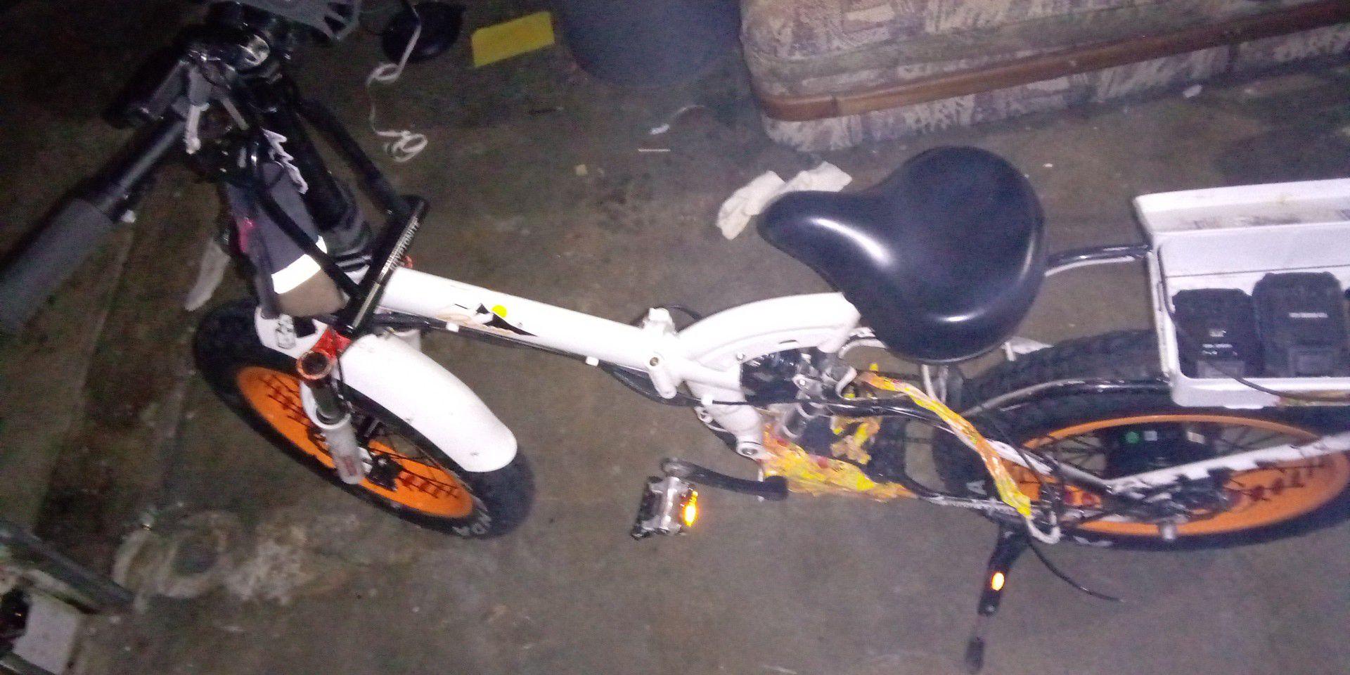 F-15RS fat tire folding bike 1000 watt bafang motor 48 volt 21 amp hourbatt