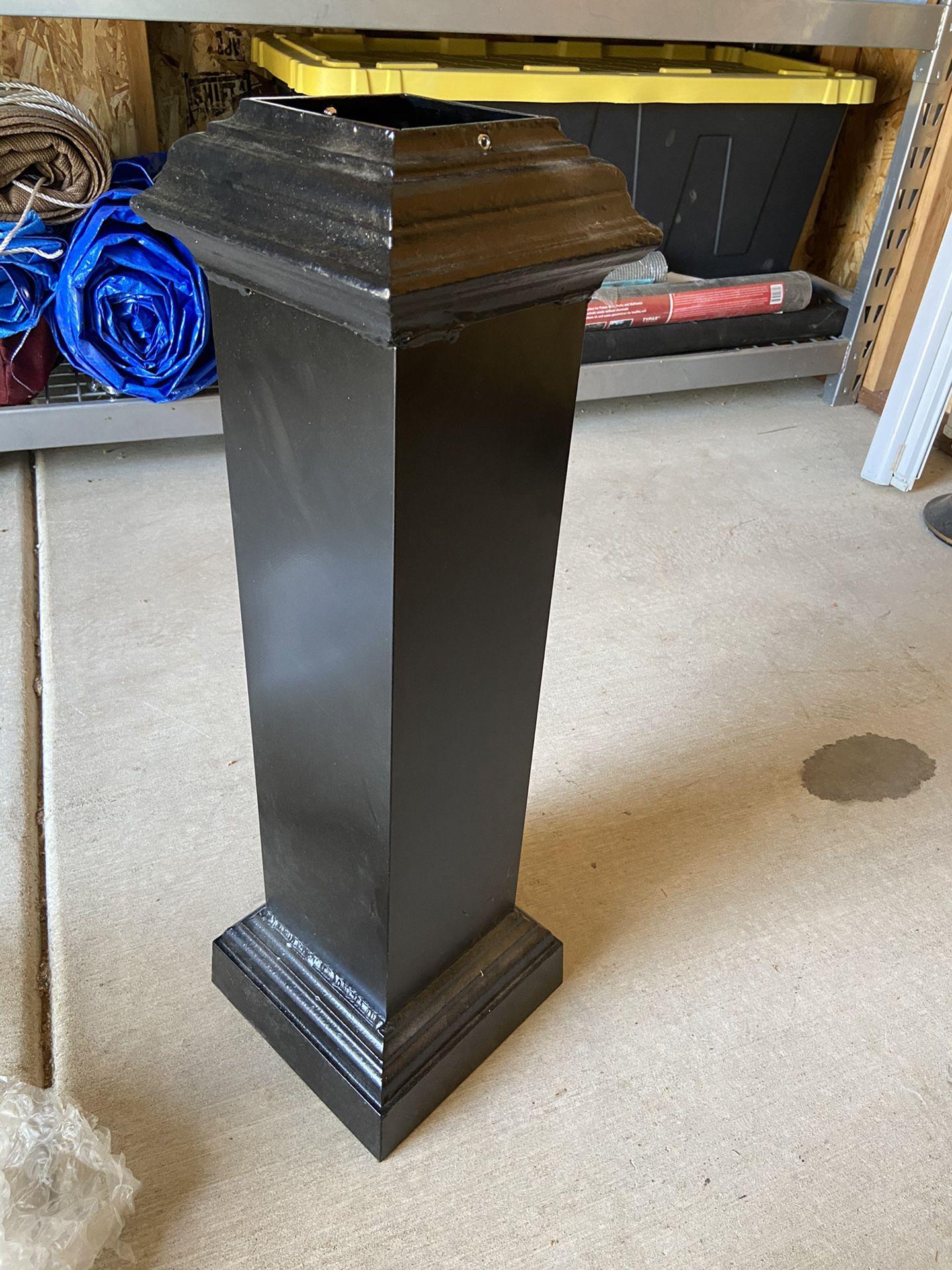 """(4)- 4x4 post metal decorates 30"""" tall"""
