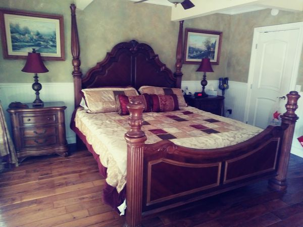 Gorgeous Chris Madden Romantic Sorrento bedroom set for Sale in Walnut, CA  - OfferUp