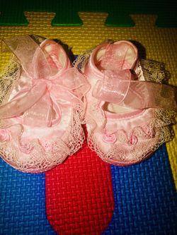 Baby shoes (0-3) Thumbnail