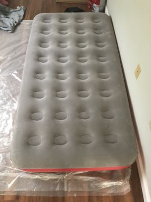 Coleman twin size air mattress for Sale in Portland, OR