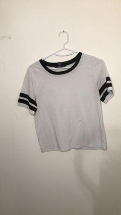 BNWOT forever21 black & white striped top!sz small Thumbnail