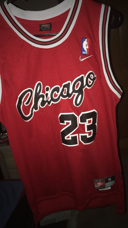 cheaper ff545 010cf MJ 23 Retro Bulls Jersey for Sale in Powell, OH - OfferUp