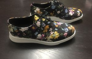 Dr. Martens Darcy Floral Black Womens oxford for Sale in Arlington, VA