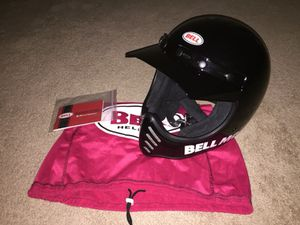 Awesome Looking Bell Moto 3 Helmet for Sale in Silver Spring, MD