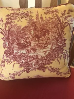 Pair Of French Toile Round Pillows For Sale In Vancouver Wa Offerup