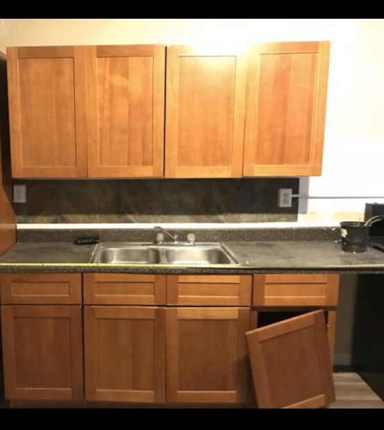 Kitchen set -2 -36inch wide 30in tall wall 2-18 base 1 ...
