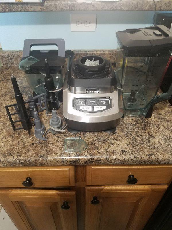 Ninja Kitchen System Blender/Food Processor BL700 for Sale in Maryville, TN  - OfferUp