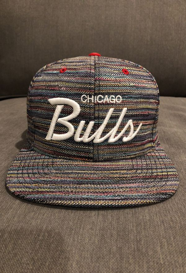 official photos 5da70 98e41 Chicago Bulls Space Knit Snapback Cap Hat by MITCHELL   NESS NBA (Rare)