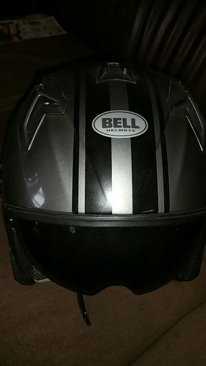 "Bell DOT Helmet ⛑️ women size ""L"", or Men's ""M"" for Sale in Seattle, WA"