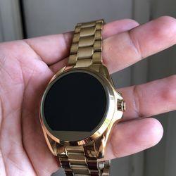 Michael kors smartwatch Thumbnail