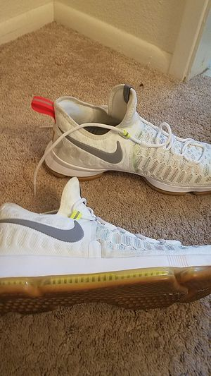 sneakers for cheap e0294 7cf1f New and Used Nike shoes for Sale in Clovis, CA - OfferUp
