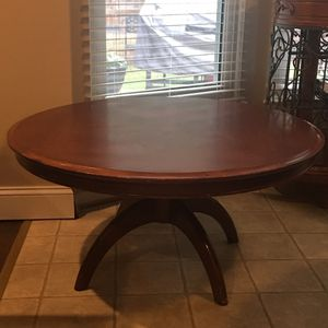 COFFEE TABLE TABLE for Sale in Dumfries, VA