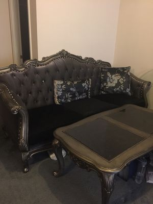 Furniture house couch with table for Sale in Gaithersburg, MD