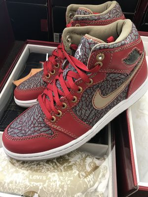 bbe3bddf55640b AIR JORDAN LEVIS DENIM RETRO 1 PACK SIZE 9 SHOE COMES WITH JEANS AND SHIRT  BRED